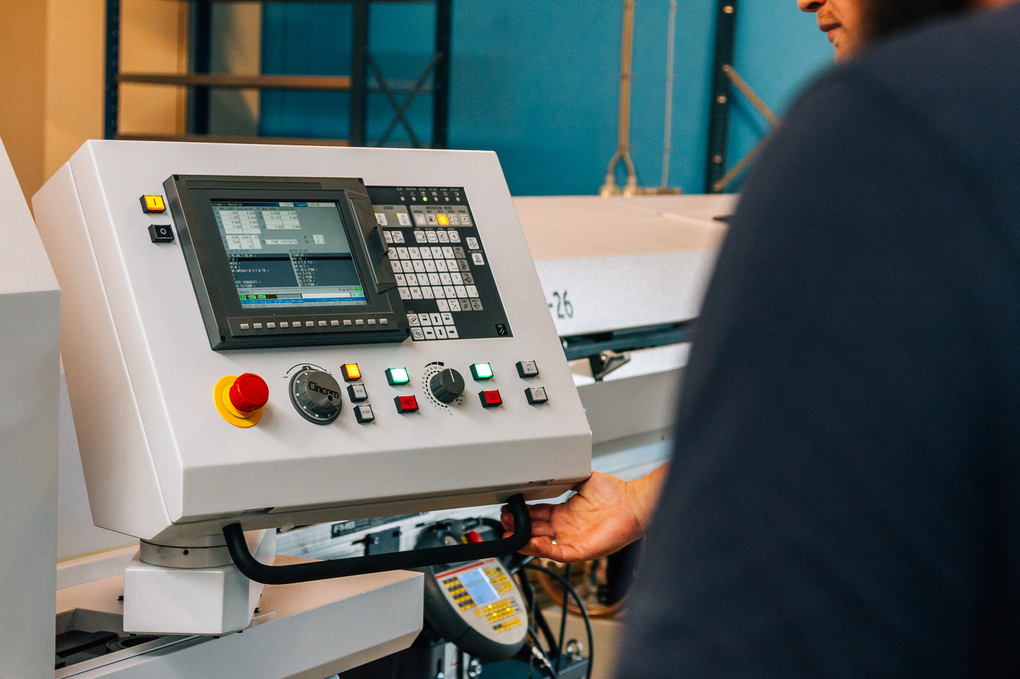 Ossi-Connectors-FJH-die-Steckverbinder-GmbH-5